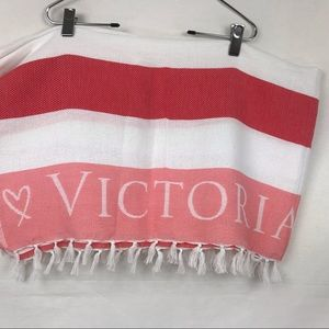Victoria's Secret Pink Woven Blanket Pink/White
